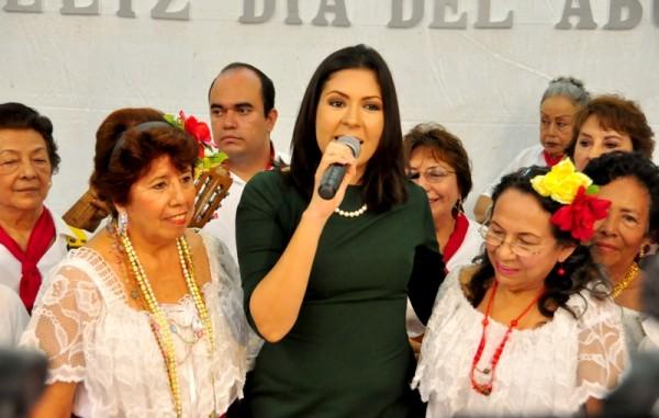 Premia Alcaldes de México a la administración de Carolina Gudiño